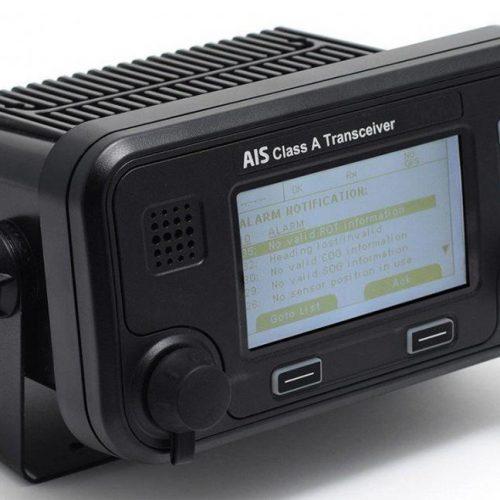 True Heading Carbon Pro Transponder klasse A